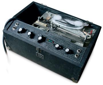 best delay pedal guitar tone talk. Black Bedroom Furniture Sets. Home Design Ideas
